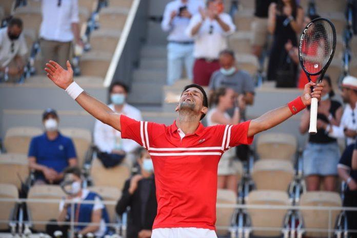 Novak Djokovic storms into US Open 2021 finals
